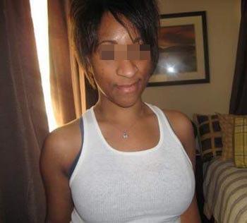 Femme africaine à Villeneuve-d'Ascq pour une pipe