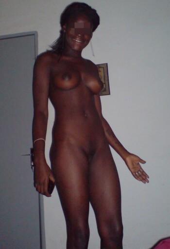 Femme antillaise à Mantes-la-Jolie