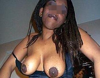 Grosse chaudasse veut rencontrer un black bien musclé sur Paris