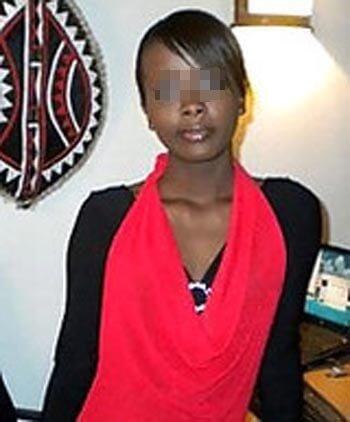 Fille africaine aimant faire des fellations profondes