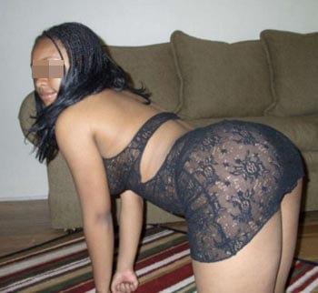 Jolie black adorant le sexe